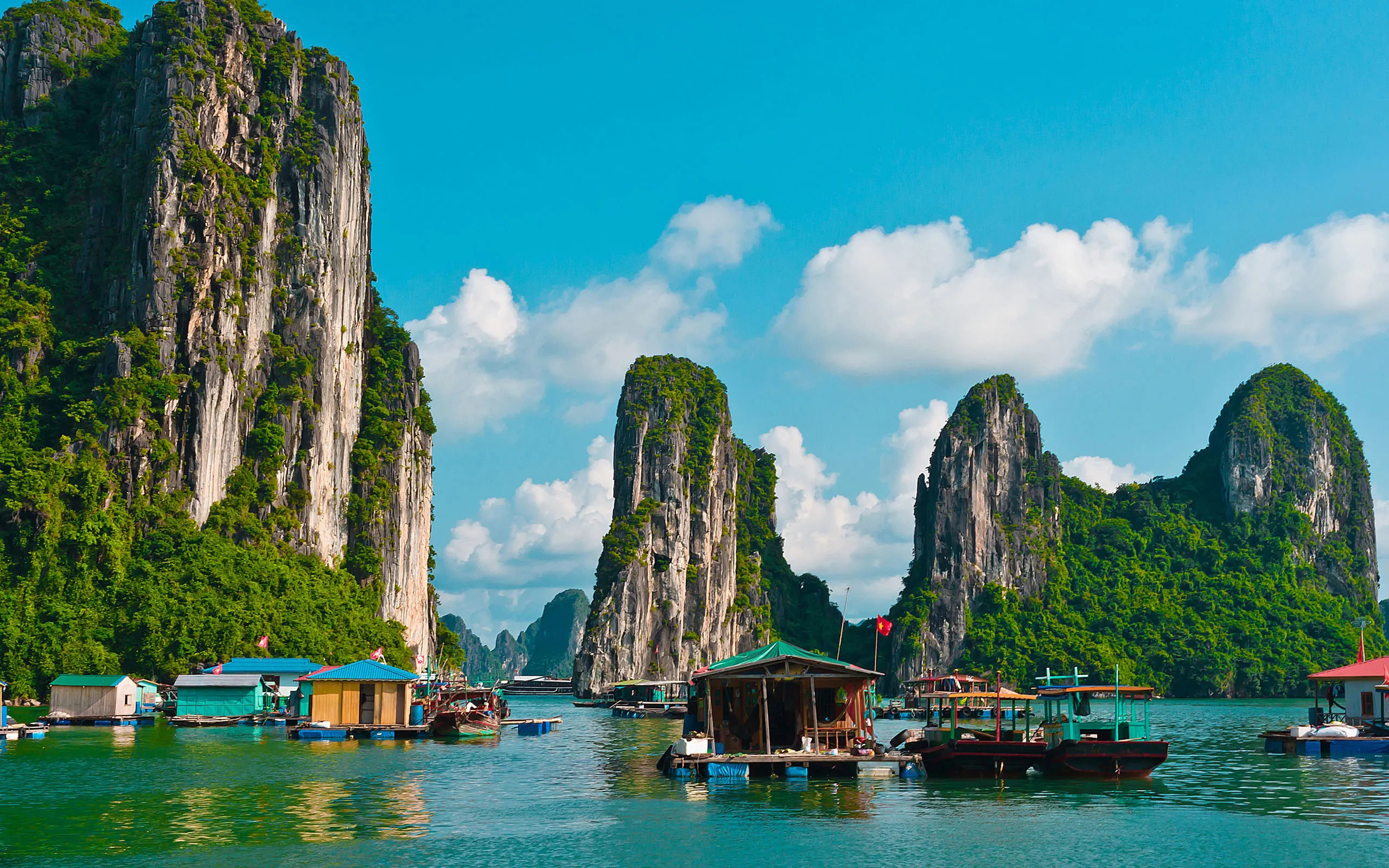 Some Magnificent Nature and Historical Sites in Vietnam for Those Who Love Slot Games